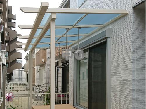 屋根 テラス